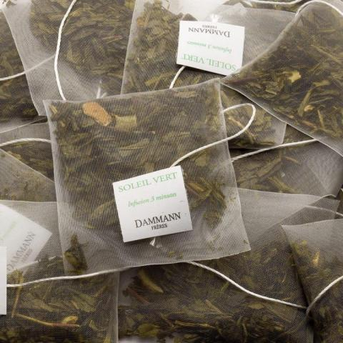 Работа на упаковке чая Dammann - 1