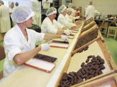 Работа в Швейцарии на шоколадной фабрике, 15 евро в час нетто.