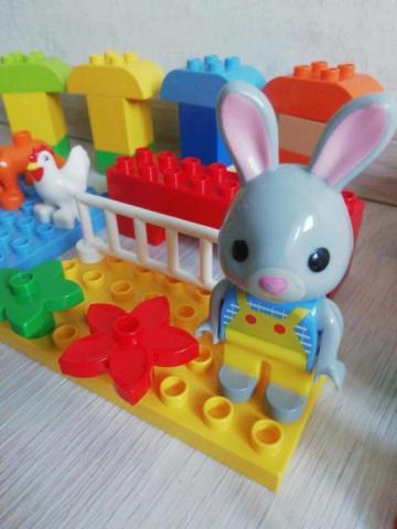 Продам б/у Лего дупло - 1