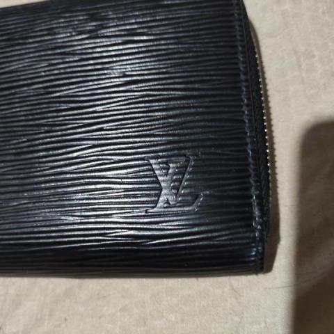 Продам портмоне Louis Vuitton - 1