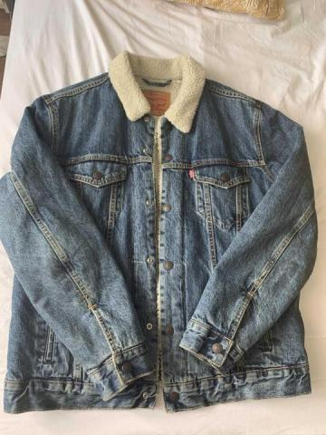 Продается мужская куртка  TRUCKER SHERPA Levi's - 1