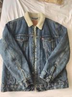 Продается мужская куртка  TRUCKER SHERPA Levi's - Изображение 1