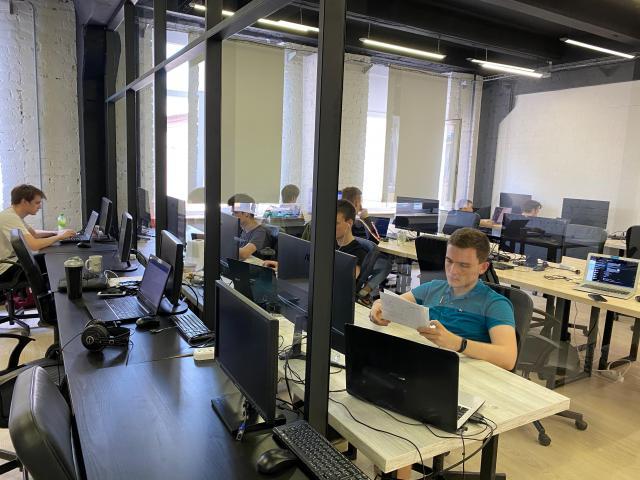 Ищу партнера для организации продаж IT-услуг в Европе - 1