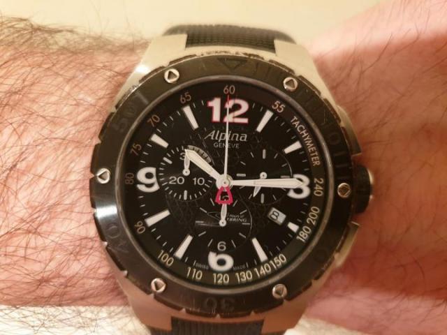 Продам Шикарные мужские швейцарские часы-хронограф Alpina - 2