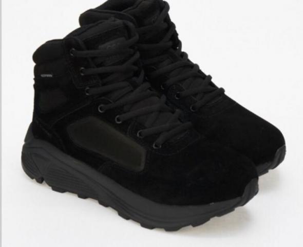 Продаются новые ботинки Strobbs - 1