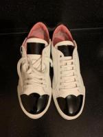 Продам кроссовки Blumarine - Изображение 1