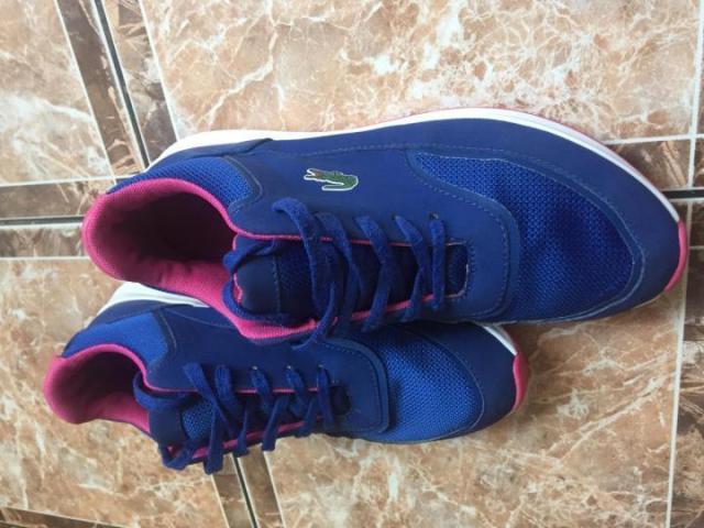 Продам Оригинальные кожаные кроссовки Lacoste - 1