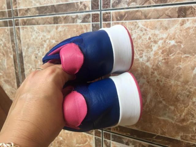 Продам Оригинальные кожаные кроссовки Lacoste - 2
