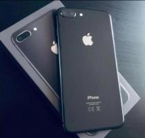Продам телефон IPhone 7/Plus