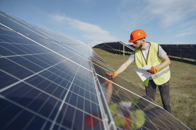 Польша. Установка солнечных батарей, монтаж панелей. (без опыта) 1100$ - 1