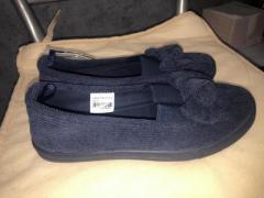 Продам вельветовые туфли