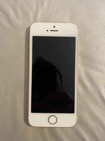 Продам телефон iPhone 5s - 1
