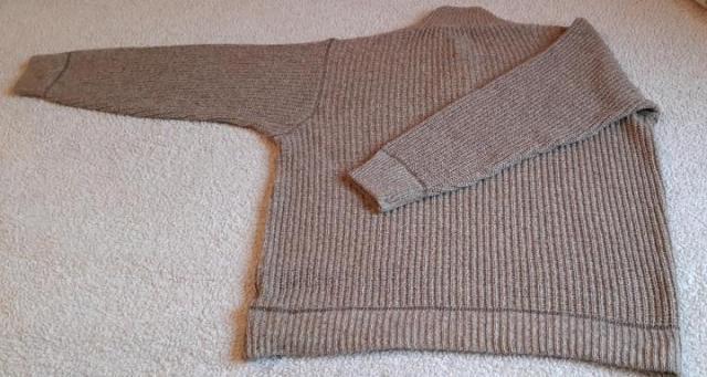 Продам мужской свитер - 4