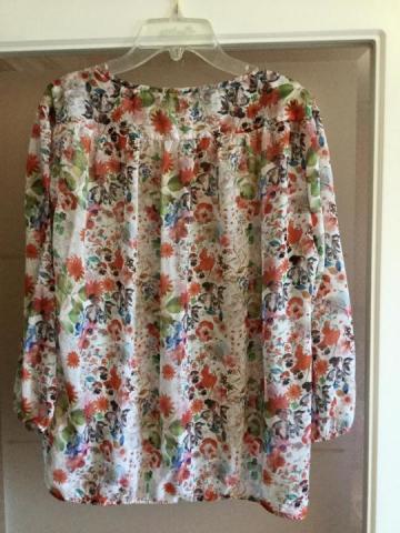 Продам Блузы Zara размер L - 1