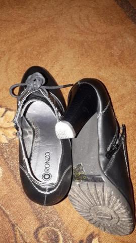 Продам ботинки женские - 3