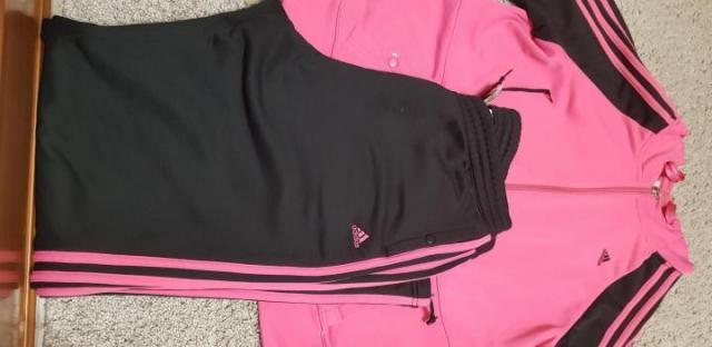 Спортивный костюм adidas - 1