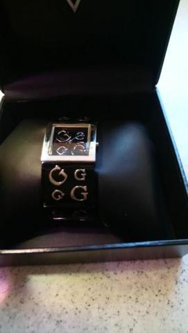 Продам часы  сталь+керамика /Часы GUESS женские - 1