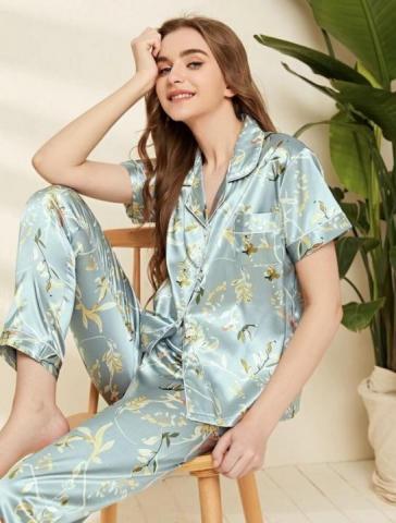 Продам пижаму атласную - 1