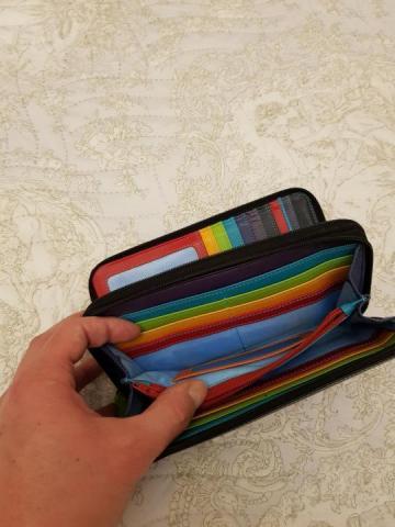 Продам кошелек большой кожаный - 1