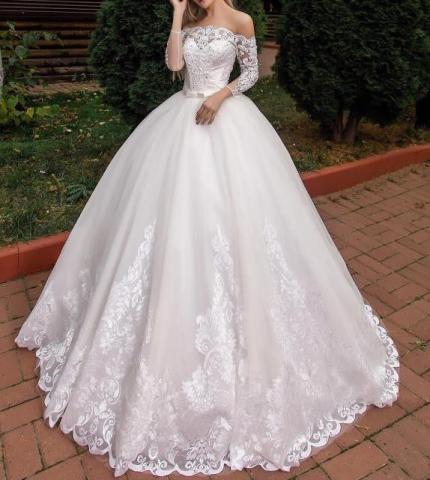 Продам новое шикарное пышное платье со шлейфом - 4