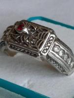 Продам  серебренное кольцо