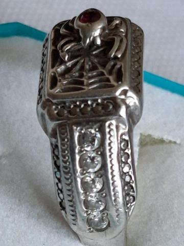 Продам  серебренное кольцо - 3