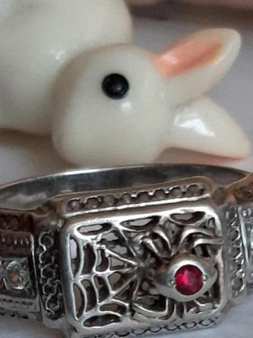 Продам  серебренное кольцо - 4