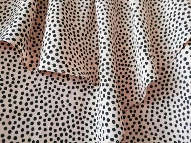 Продаю нарядную шелковую блузку бренда Zara - 3