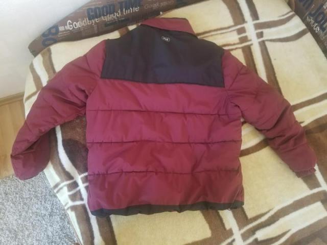 Продаю теплую зимнюю куртку Pull&Bear - 2