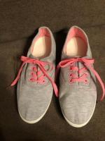 Продам кеды серые с розовой шнуровкой - Изображение 3