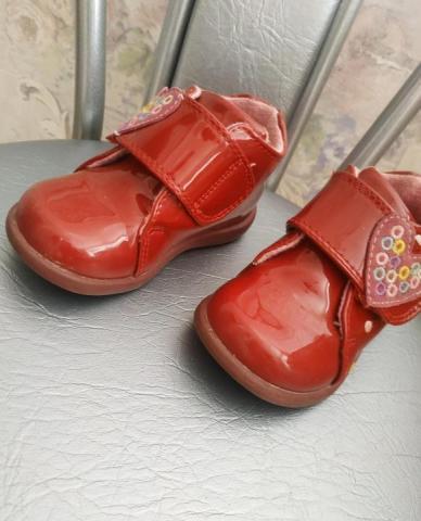 Продам классные ботиночки - 1