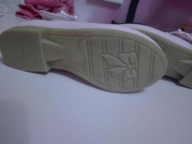 Продам новые туфельки с Эльзой - 4