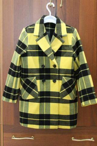 Продам классическое демисезонное пальто - 1
