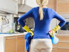 требуется женщина для уборки дома в Испании