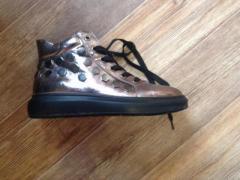 Продам женские ботинки весна-осень - Изображение 1