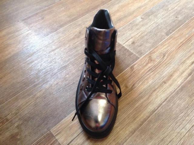 Продам женские ботинки весна-осень - 3