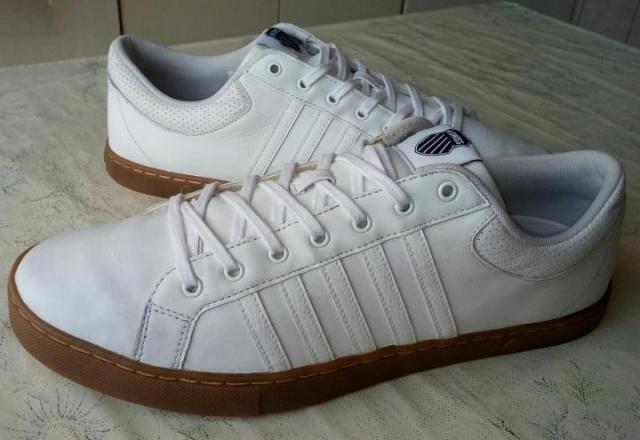 Продам шикарные мужские кроссовки - 1