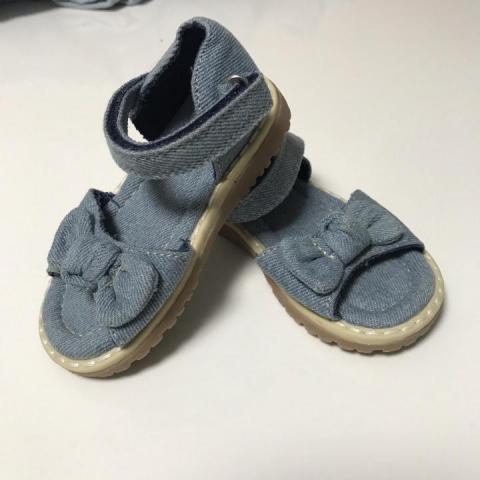 Продам сандалии для девочки Mothercare - 3