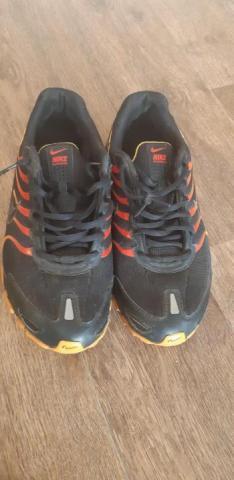 Продам Кроссовки на подростка Nike RUNNING - 1