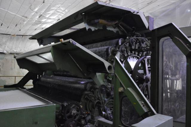 Продам две немецкие производственные линии SPINNBAU DILO для производства нетканого полиефирного вол - 2