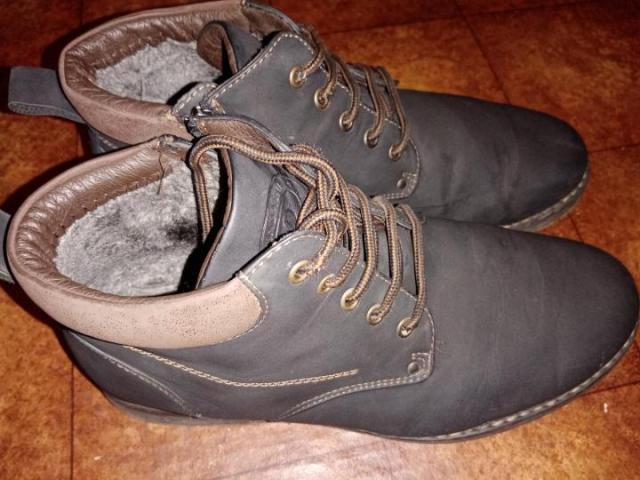 Продам ботинки темно коричного цвета - 2