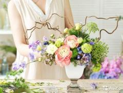 Требуется продавец цветов