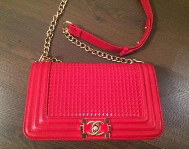 Продам сумку Chanel новая - 1