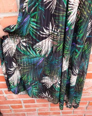 Продам новое платье с красивым тропическим принтом - 2
