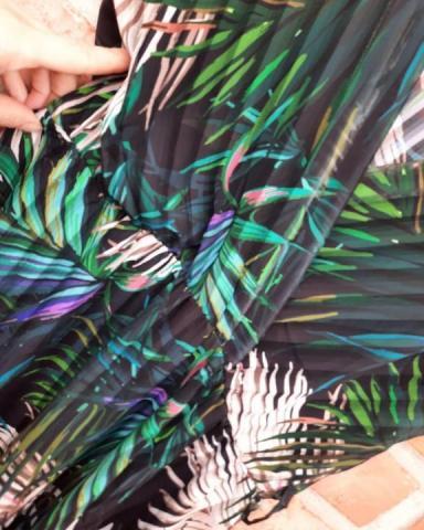 Продам новое платье с красивым тропическим принтом - 3