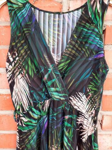 Продам новое платье с красивым тропическим принтом - 4