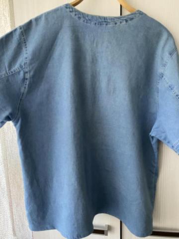Продам в идеальном внешнем состоянии фирменную джинсовую футболку - 3