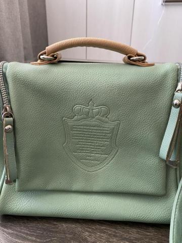 Продам в отличном состоянии сумку - 1
