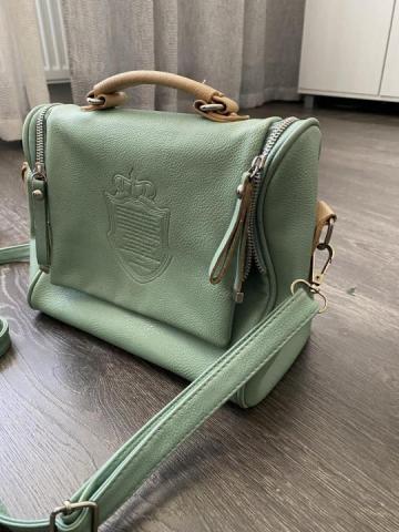 Продам в отличном состоянии сумку - 2