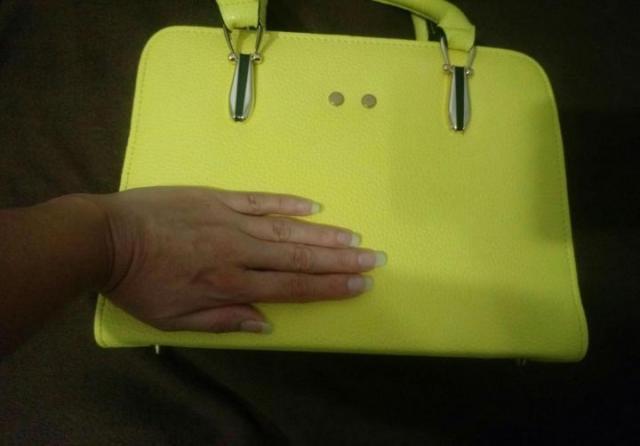 Продам  красивую сумочку - 3